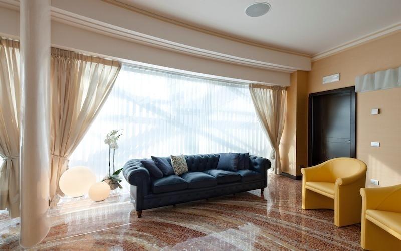 Furnishing curtains Milan