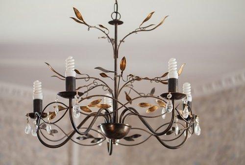 lampadario artistico in ferro battuto