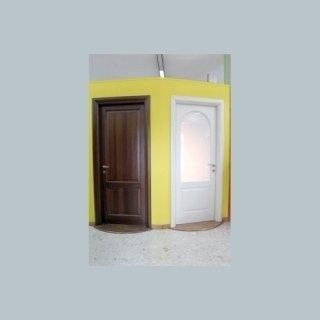 vendita gamma porte, infissi legno, infissi legno alluminio
