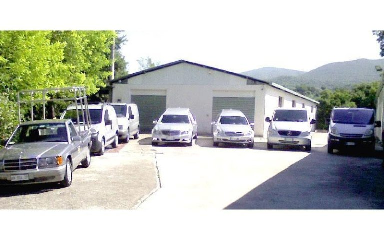 Parco auto P.M. onoranze funebri