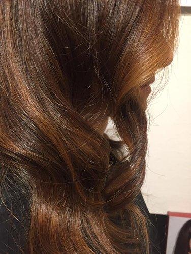 effetto sfumato su dei capelli marroni