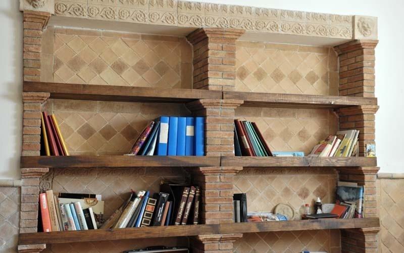 libreria in cotto