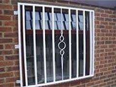 Inferriate e grate di sicurezza roma antonio teti fabbro - Catalogo inferriate per finestre ...
