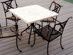 sedie e tavolino lavorati in ferro