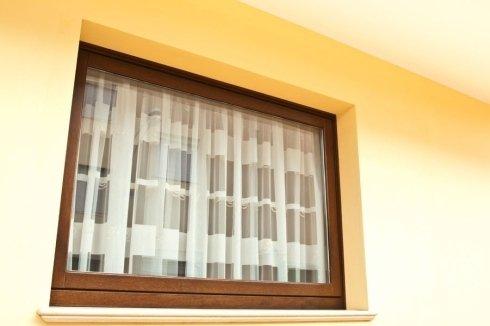 infissi finestre a bilico