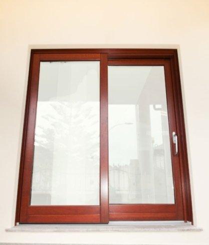 infissi finestre in legno