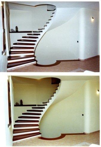 scalinata curva a giorno