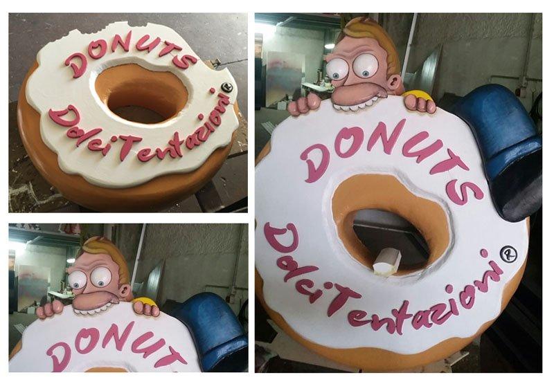 polistirolo a forma di donuts