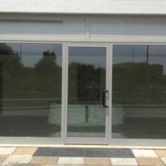 serramenti in alluminio per vetrate e porte di ingresso