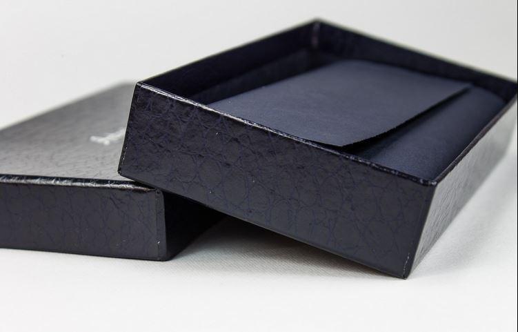 scatola vestito