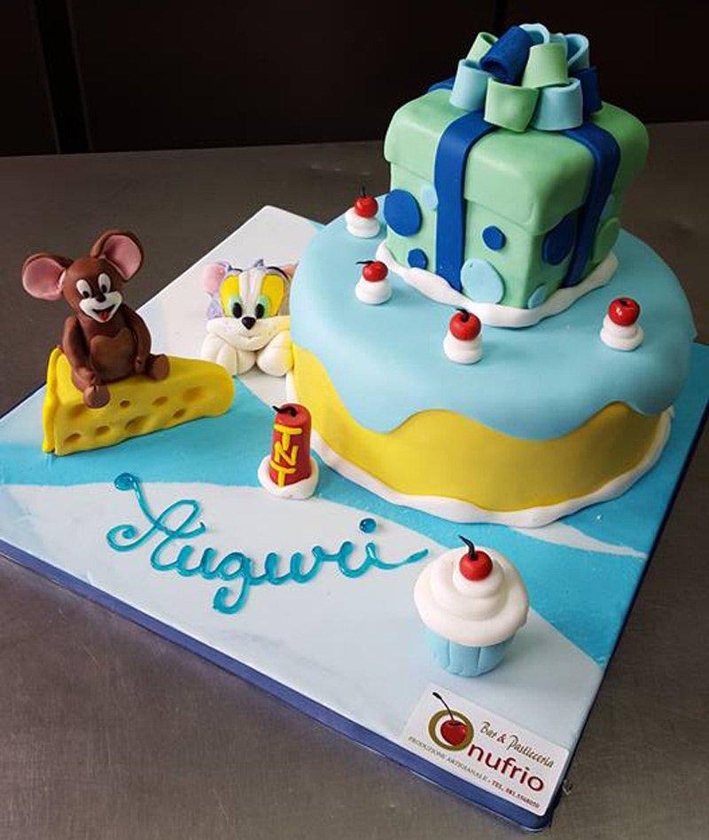 torta di compleanno tom e jerry in pasta di zucchero