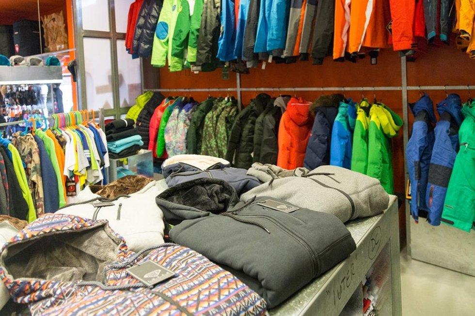 abbigliamento sci alpinismo e abbigliamento sci di fondo
