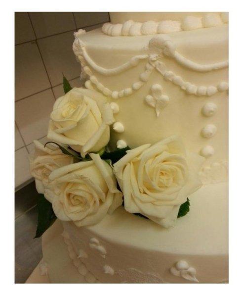 Decorazione torte nuziali