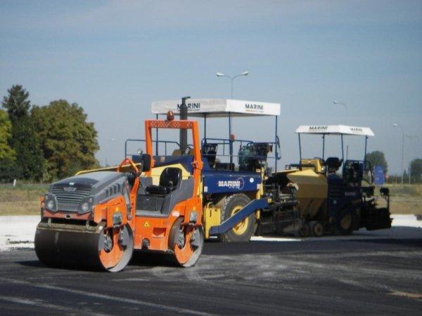 macchine per asfaltatura