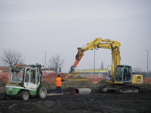 scavi per posa tubazioni