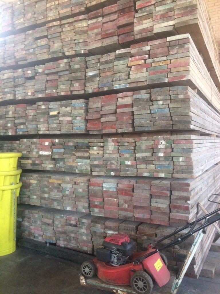 Ponteggi usato bologna 3 edil - Tavole da muratore usate ...
