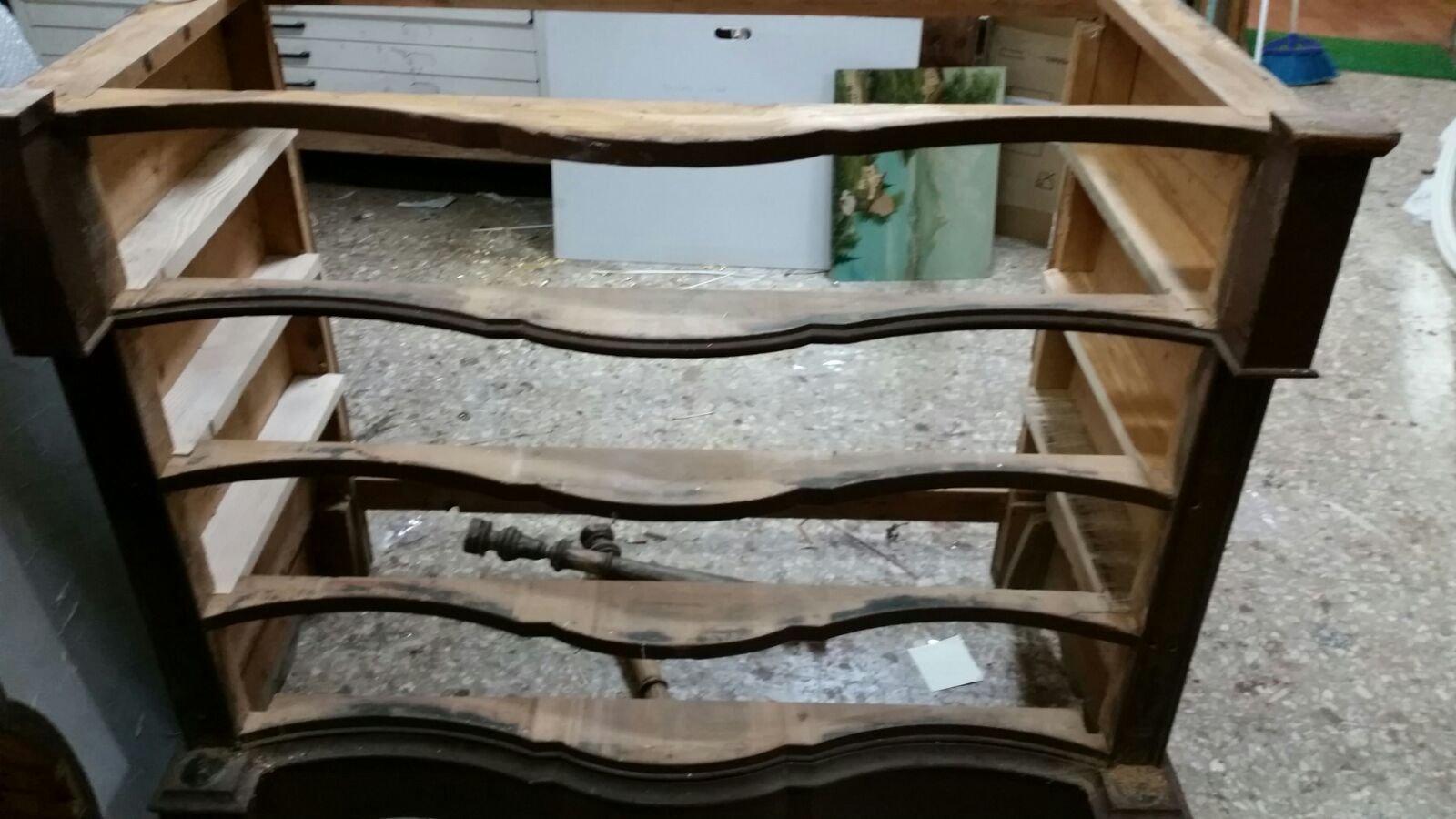 Restauro mobili a Galatone