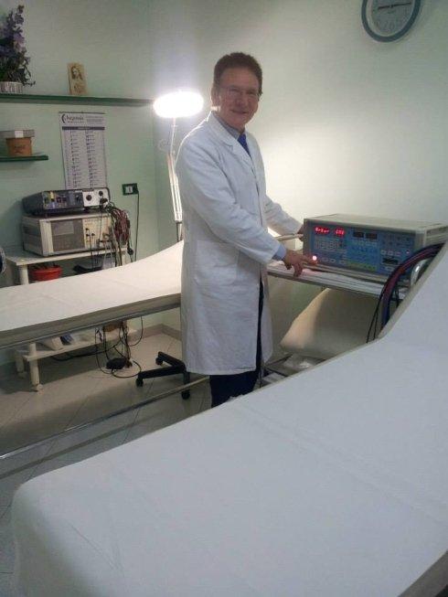 apparecchiatura per linfodrenaggio contro la cellulite