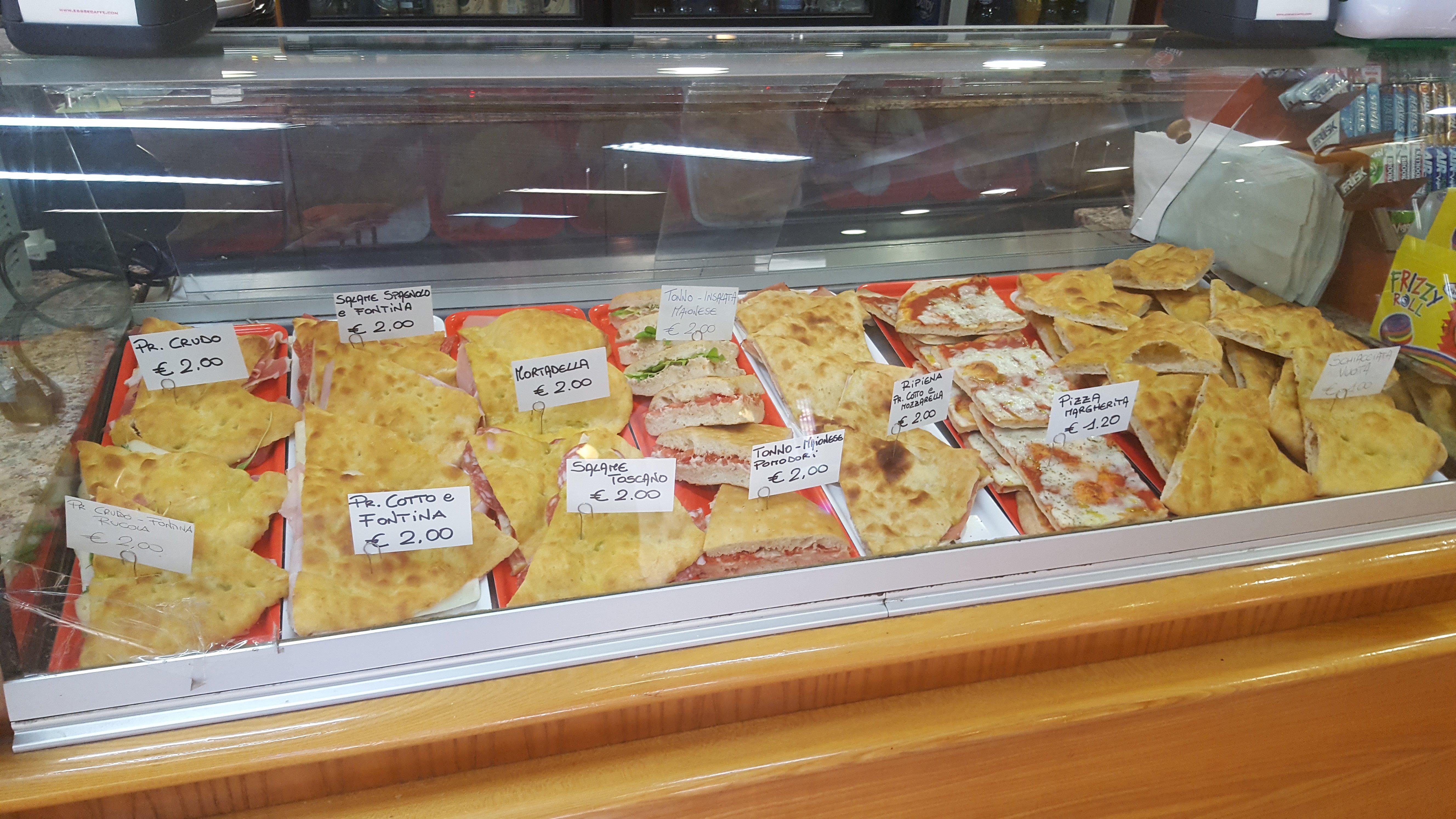 banco focaccia e pizze