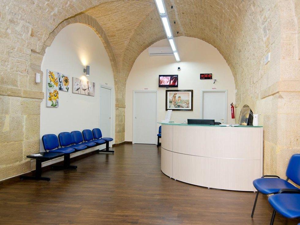 Desk accoglienza Giovinazzo