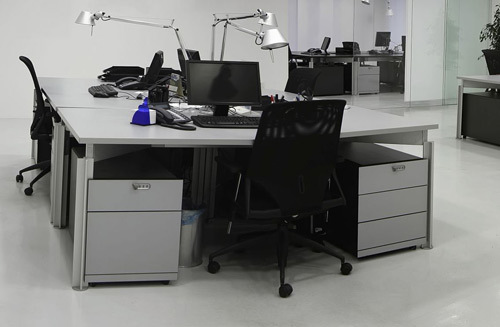 Custom office furniture in Auckland