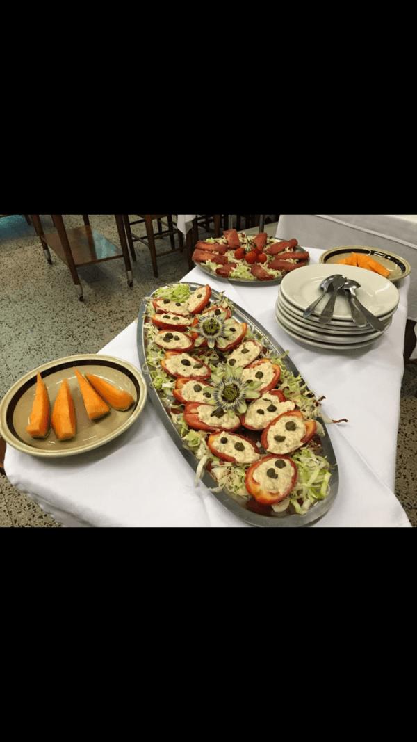 antipasto di frutta e verdura a buffet