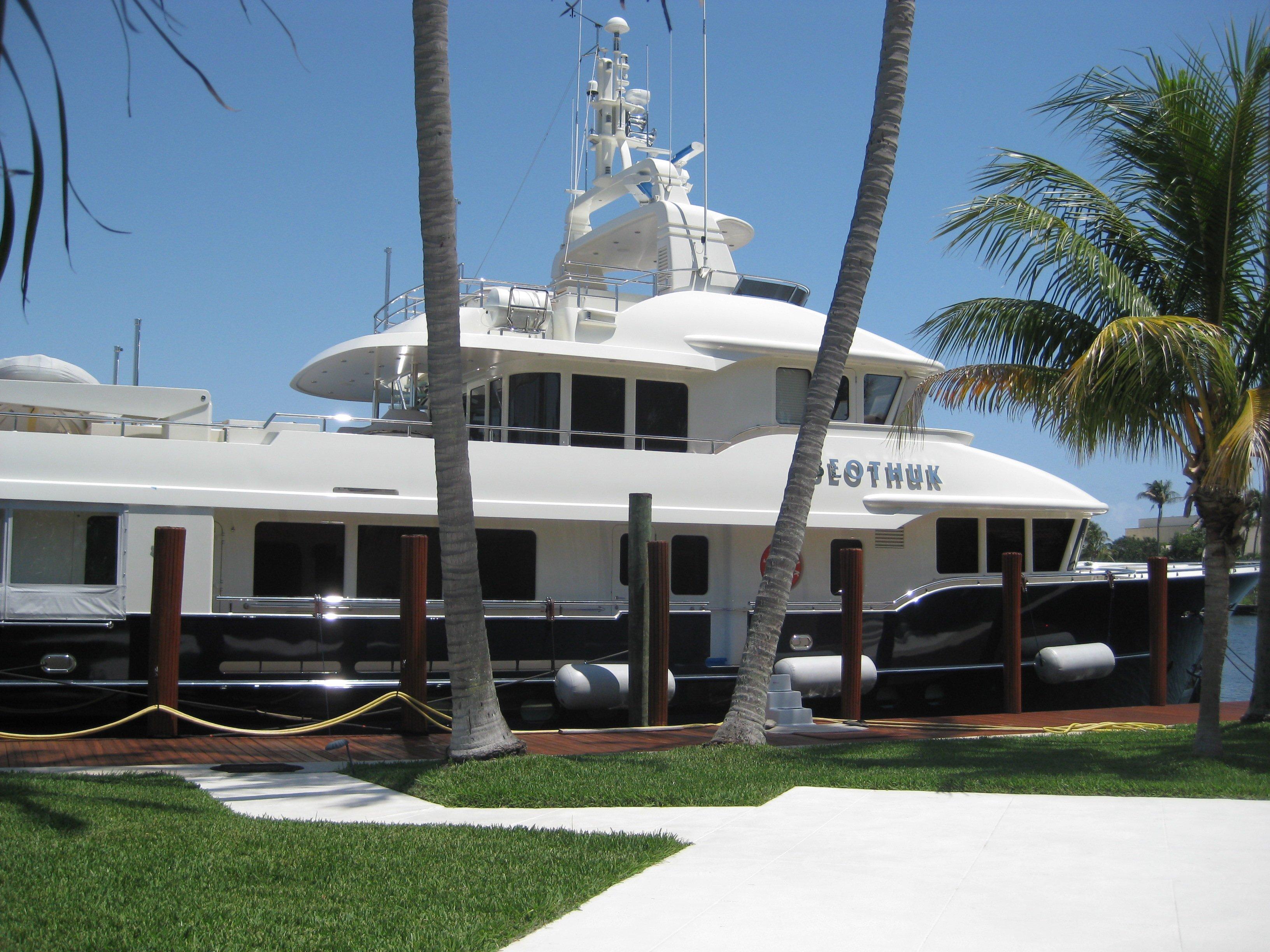 Mega Yacht Regular Wash Down & Detailing Services