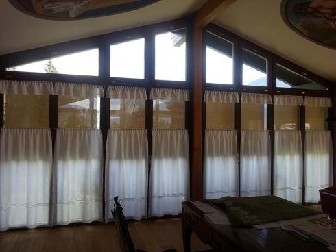Filtering shade for windows udine