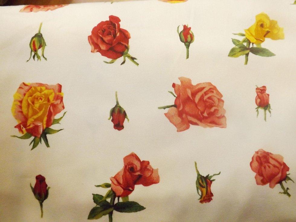 tessuto con fiori udine