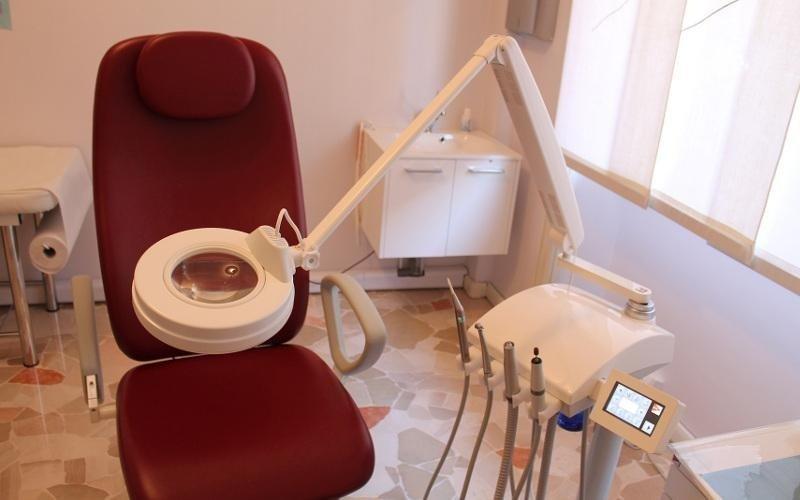 strumenti per trattamento unghie