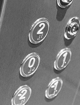 Des ascenseurs