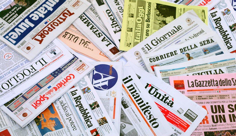 assortimento di giornali