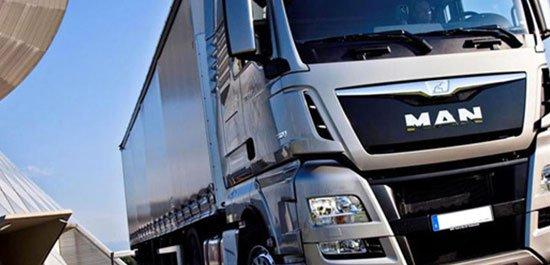 un camion della marca Man