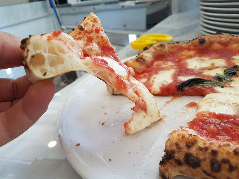 pizza margherita napoloetana