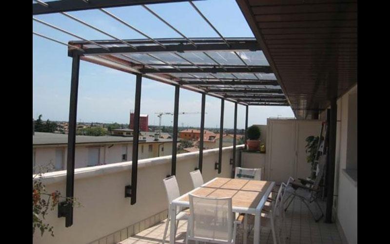 Copertura terrazzo in ferro e vetro