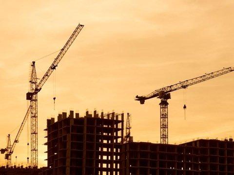 Noleggio gru per l'edilizia