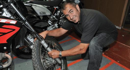 motorbike wheel checking