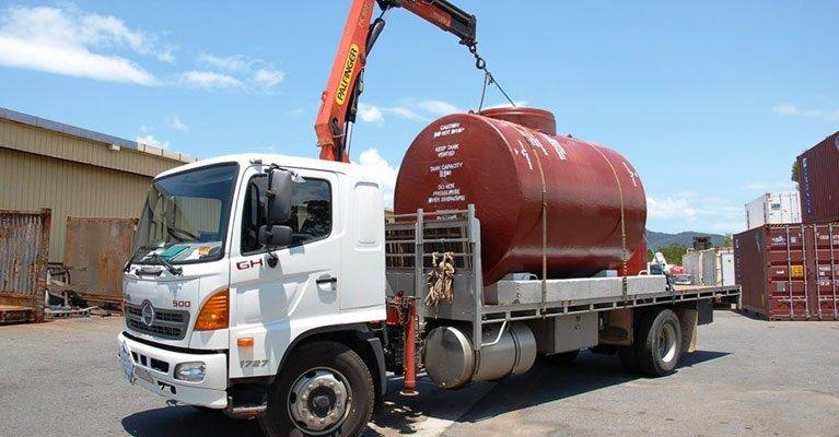 fnq crane trucks service truck with cylinder