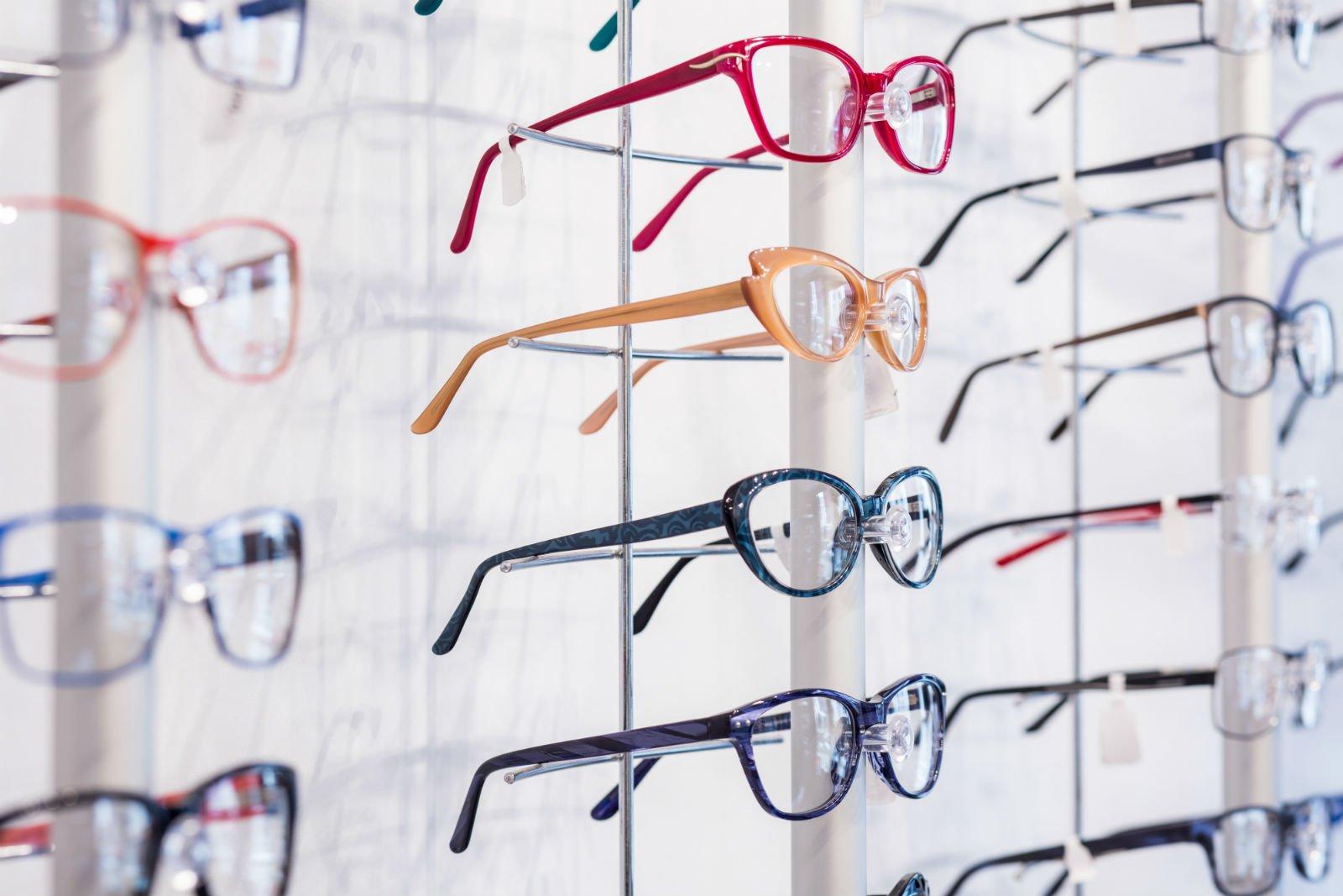 occhiali colorati