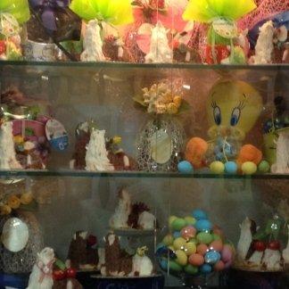 dolci per festività, uova di pasqua, agnelli pasquali, dolci pasquali, colomba pasquale