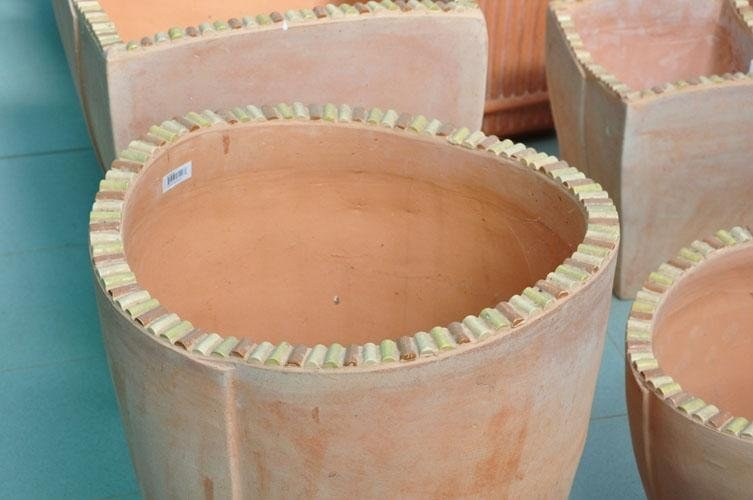 dei vasi di terracotta