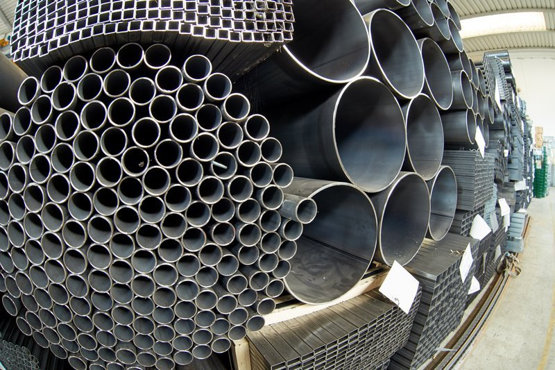 vasto assortimento di tubi carpenteria zincati