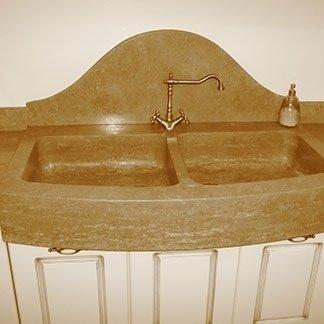 doppio lavabo in granito
