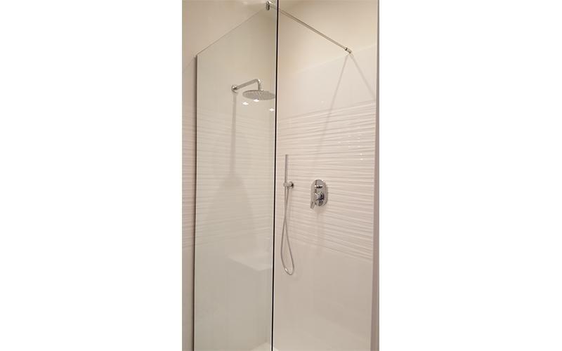 Protezioni in vetro per doccia