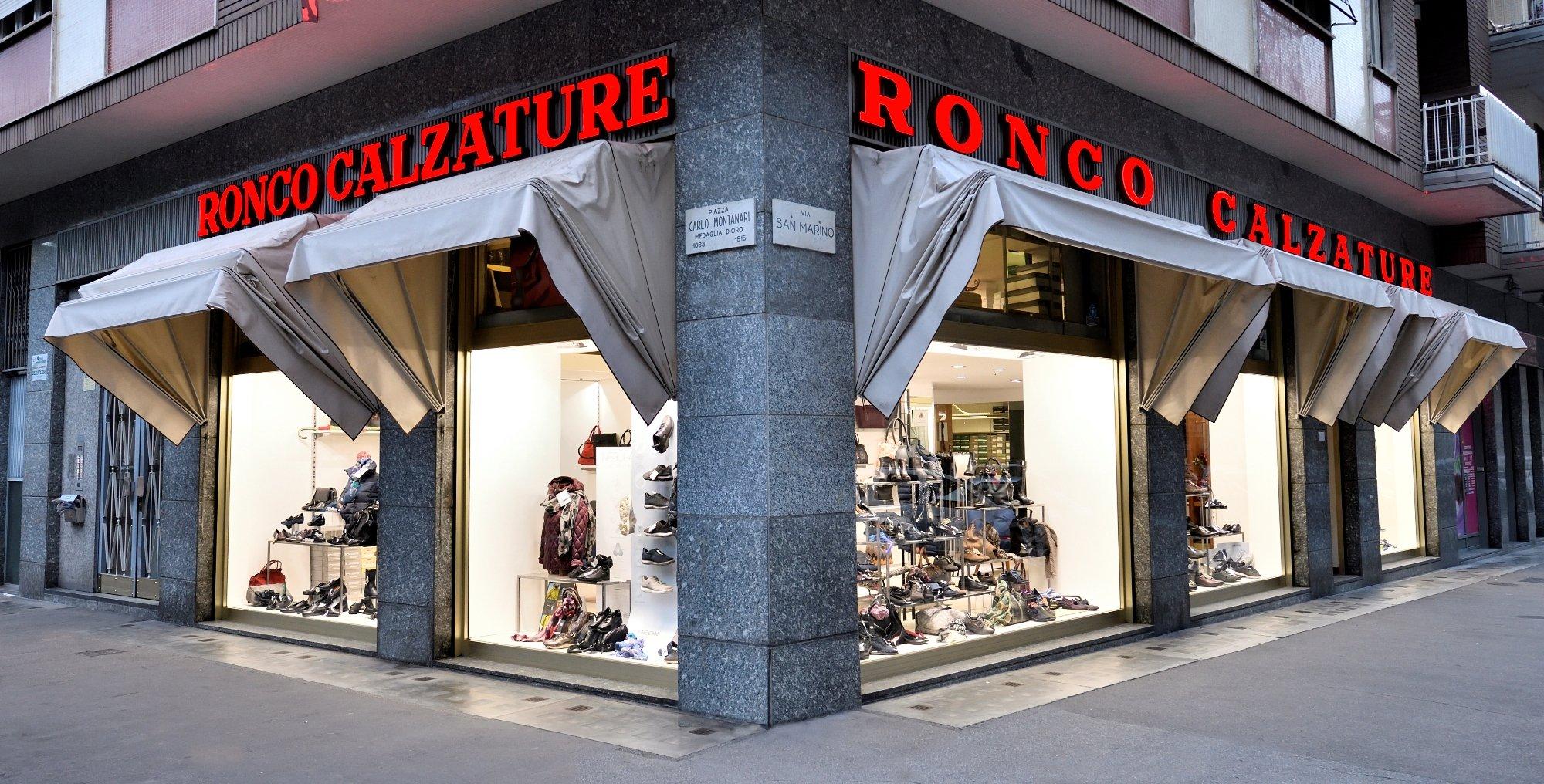 Scarpe nel negozio Ronco Calzature a Torino