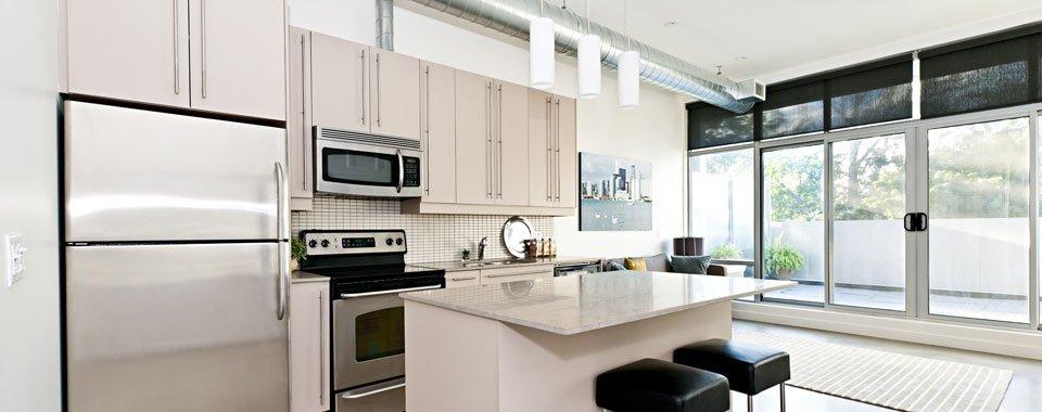 Domestic appliance installation