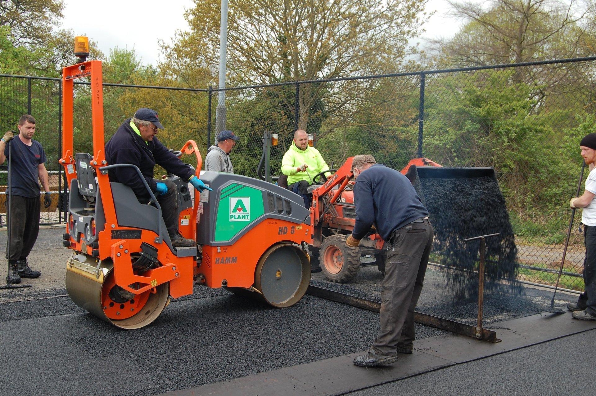 asphalt laying