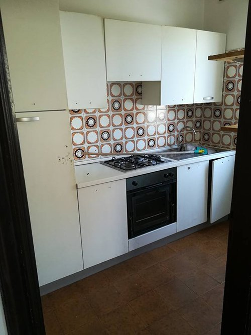 Cucina dell'appartamento a Cles