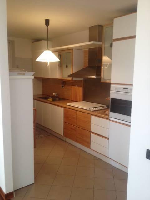 Cucina dell'appartamento in centro a Cles