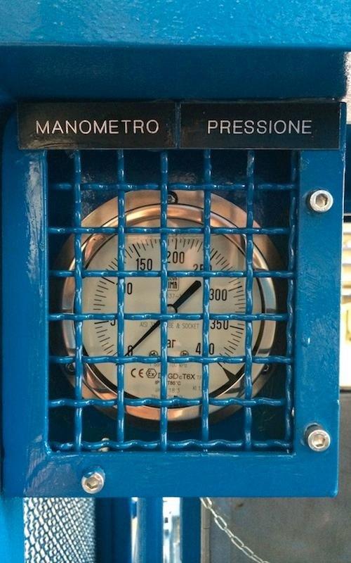 hydraulic power unit pressure gauge